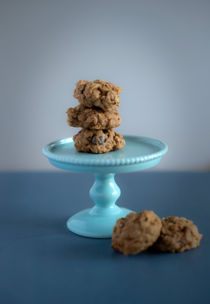 Pear and Dark Chocolate Oatmeal Cookies